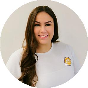 Catharina Dobat, Duale Studentin Gesundheitsmanagement Gesundheitszentrum Dr. Dr. Tadzic